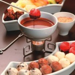 Fondue de Chocolate com Bolinhas de Sorvete.