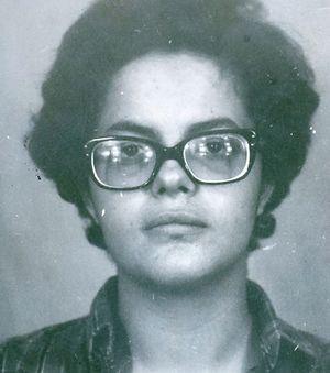 Foto de Dilma mais nova.