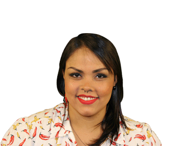 Foto da Participante Analice. Mostra apenas parte superior do corpoda participante que parece estar sentada frente a camera,como em uma foto para documento.