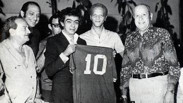 Chico Anysio em foto com o ídolo do Palmeiras, Ademir da Guia
