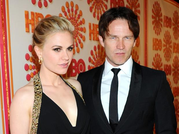 Ana Paquin e Stephen Moyer de True Blood