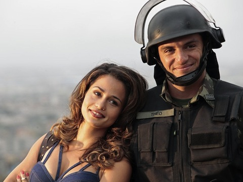 Theo e Morena na novela Salve Jorge